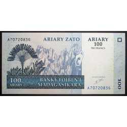 Madagascar - 100 Ariary ( 500 Francs ) 2004